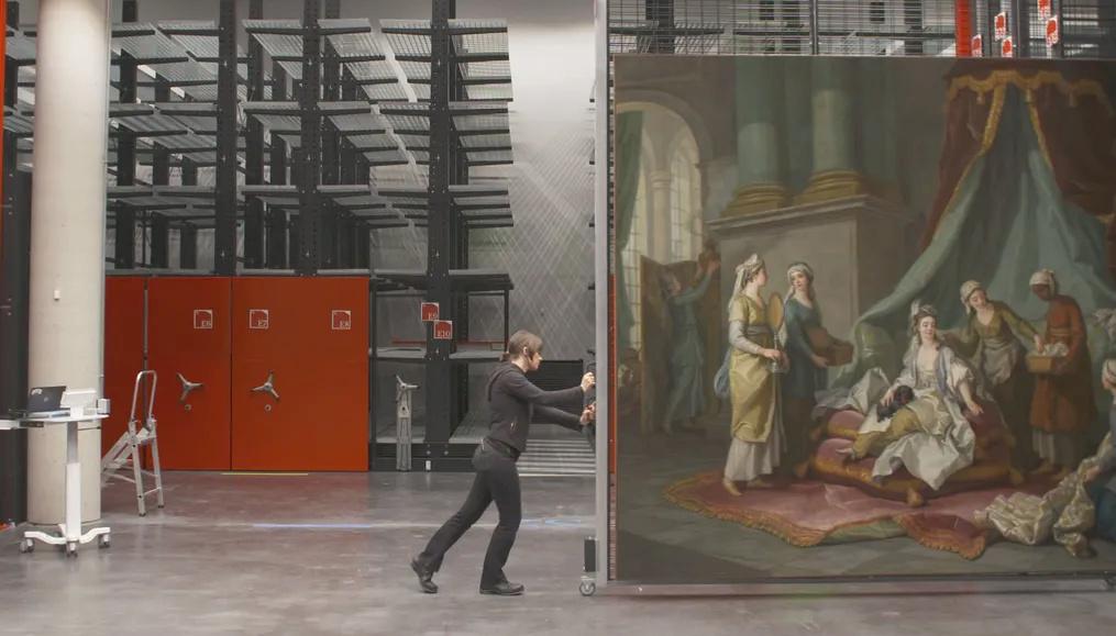 Arte. Le Louvre déménage. Centre de conservation de Liévin. 1136_110