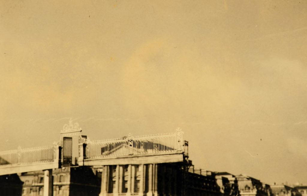 Le château de Versailles et le cinéma - Page 2 12840210