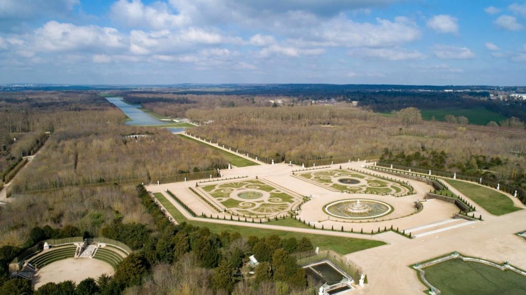 Photos de Versailles vu du ciel.  16517310