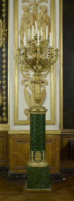Exposition Napoléon à la Grande Halle de La Villette - Page 2 17-57410