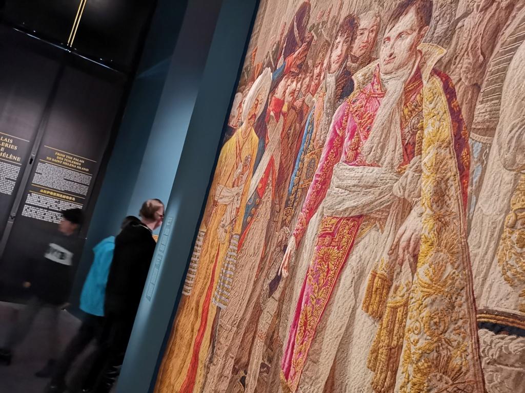 Fontainebleau, Exposition La Maison de l'Empereur. 2019 25409-10