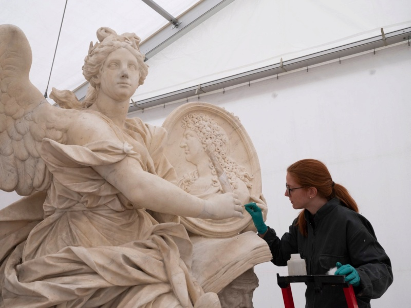 Visite à l'atelier de restauration des sculptures du C2RMF - Page 2 92966710