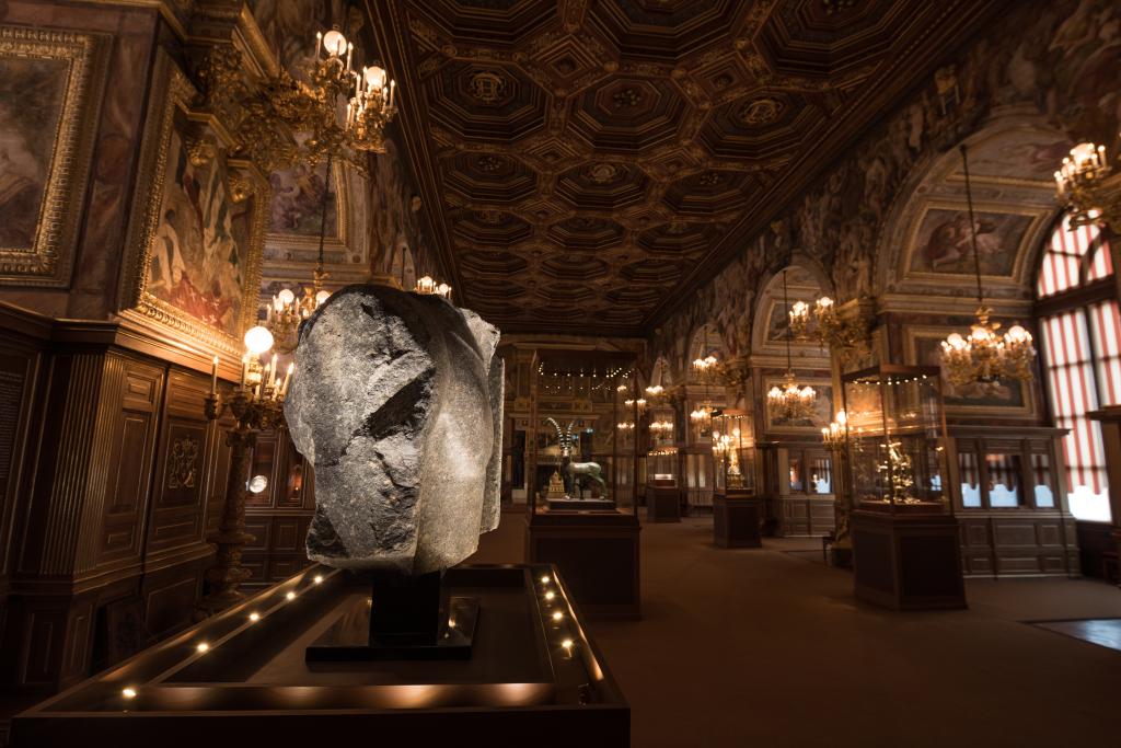 Fontainebleau Salle-de-Bal Rois du Monde Collection Al Thani Dsc62110