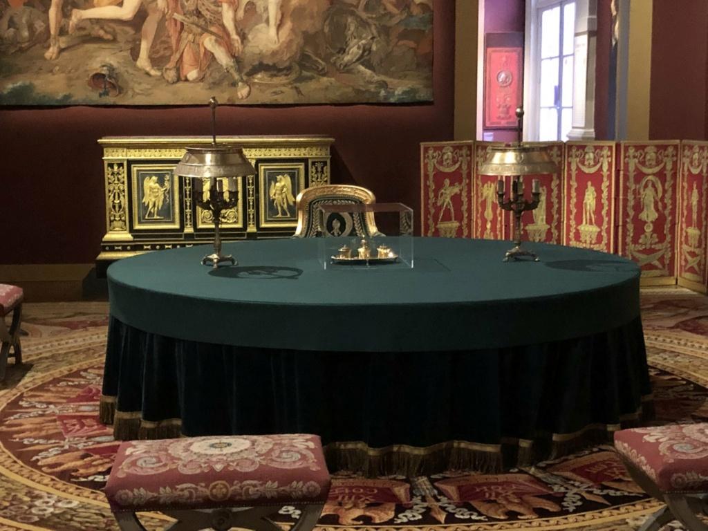 Les Palais disparus de Napoléon, au Mobilier national (2021) E-8w-510