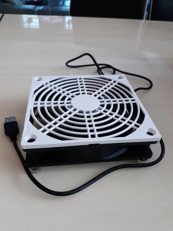 Compact ventilation fan for amplifiers.  20180716