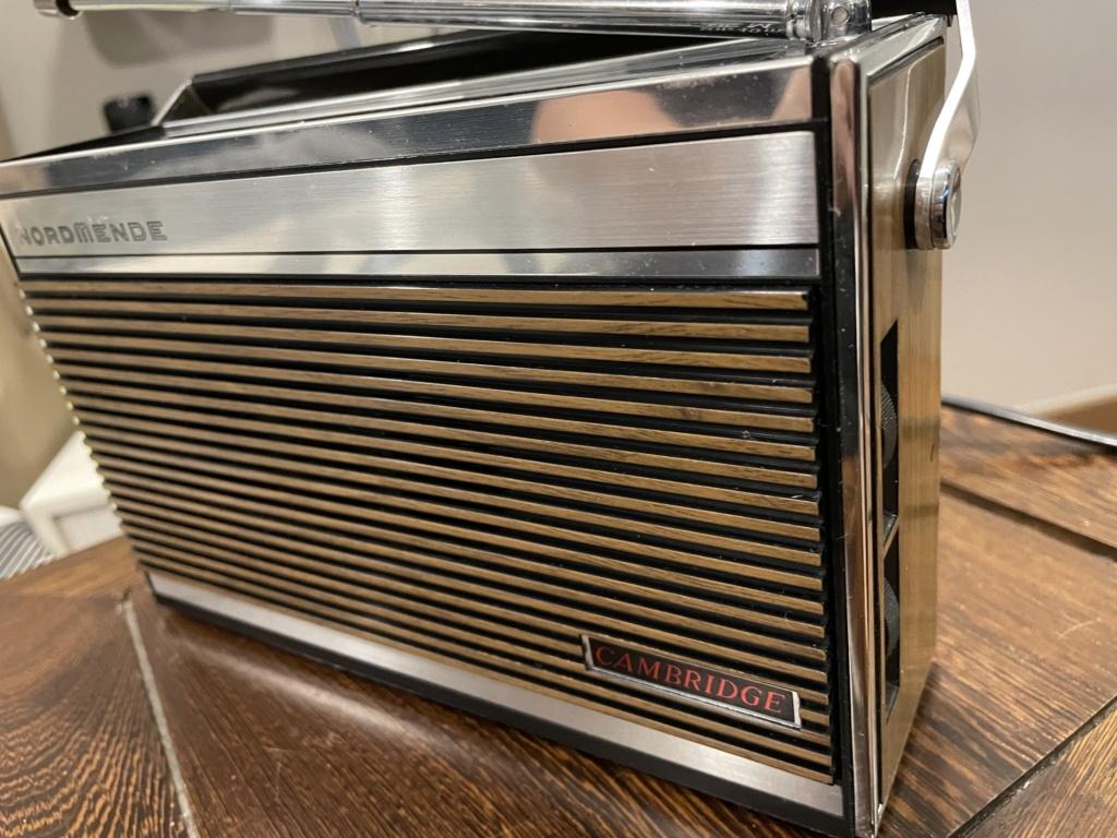 Normende Cambridge potable radio. 381be510