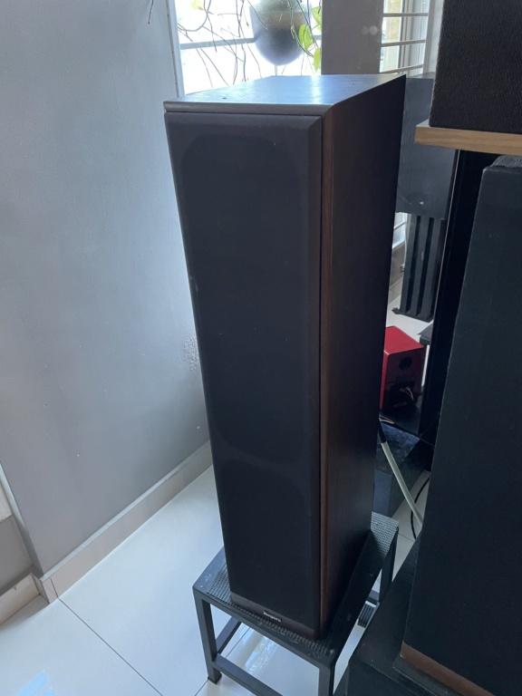 Rogers ls 108 floor stand speaker. 77c2ed10