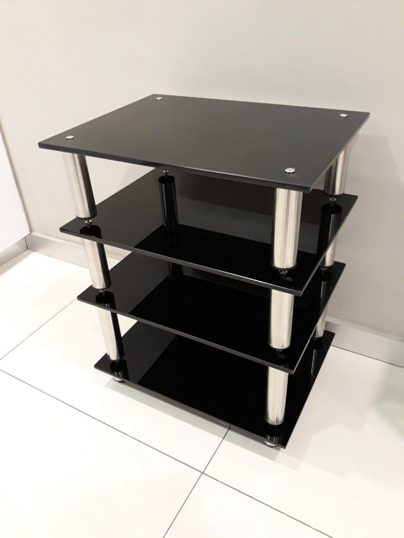Black Pearl SE hifi rack. Carous15