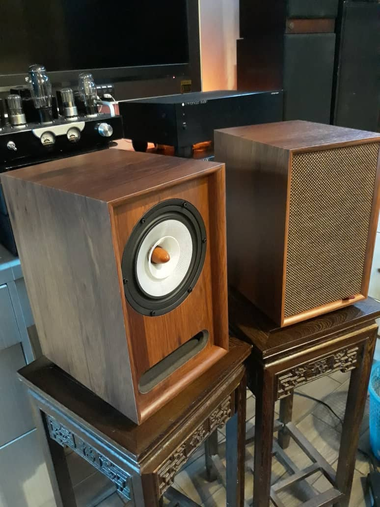 "Vintage Heritage 7"" full range speakers.  Img-2011"