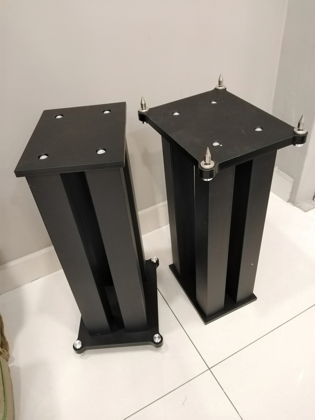 Heavy duty 4 steel posts speaker stands.  Img_2018