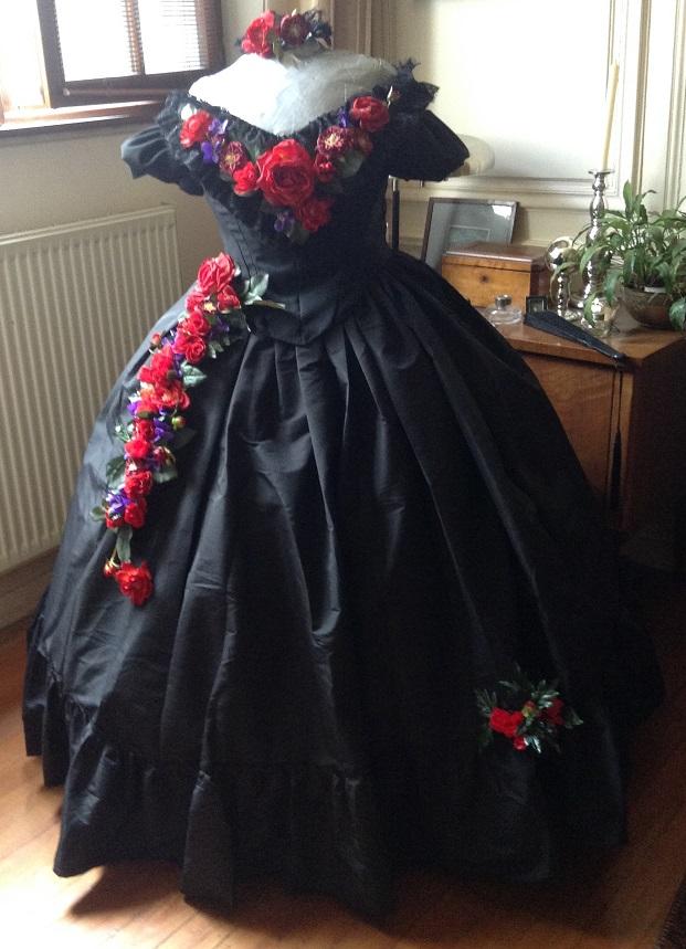 [histo] Une autre robe de bal Img_1022