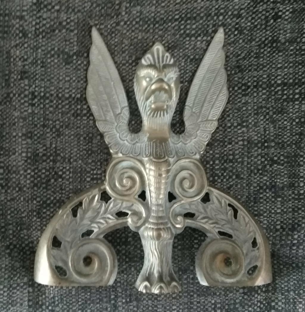 Winged monster/god? Img_2010
