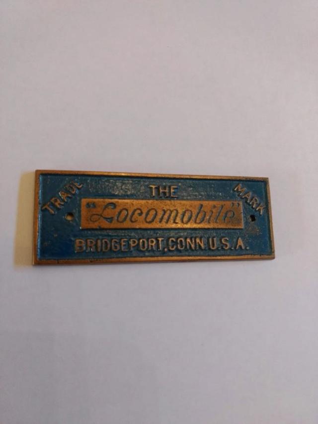 Locomobile Nameplate / Badges Locomo10
