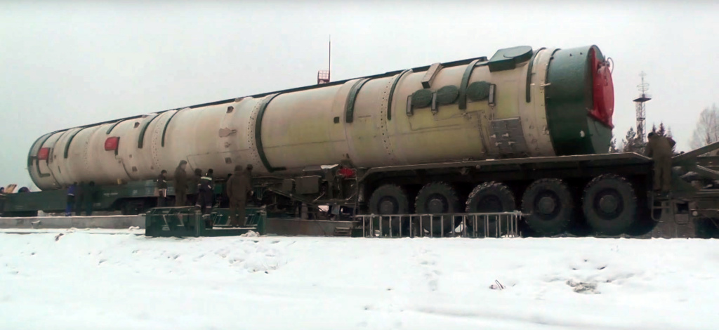 New Russian heavy ICBM - Sarmatian - Page 11 000712