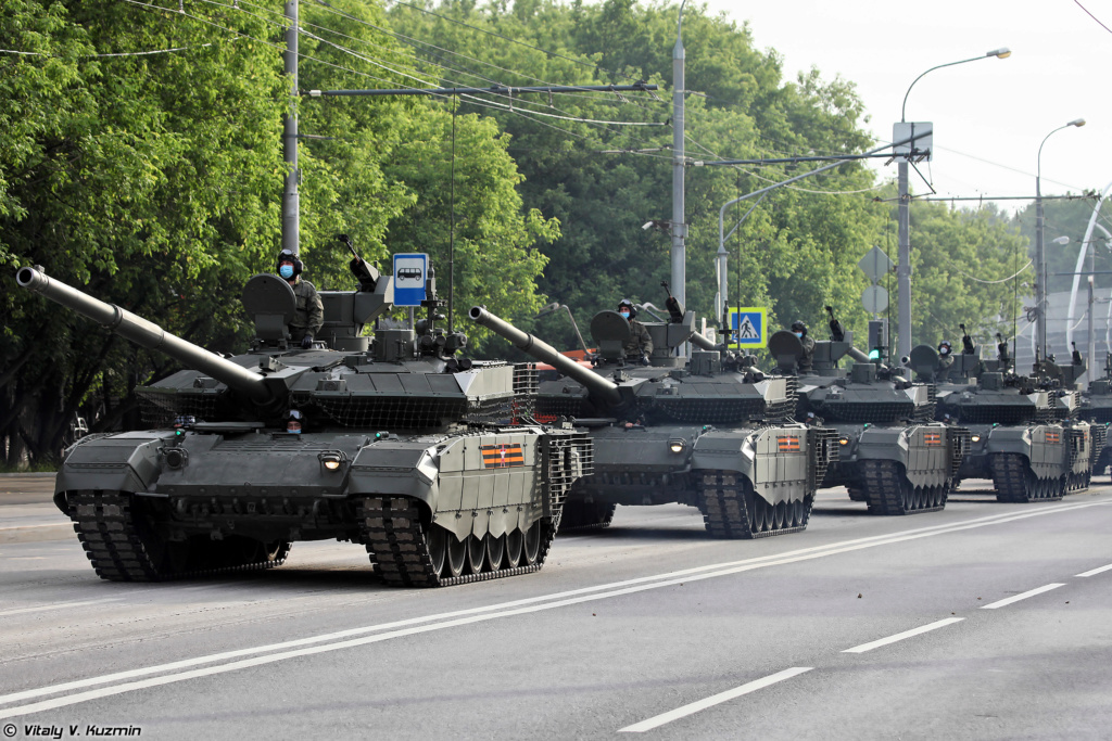 Victory Day Military Parades in Moscow (2010-Present) - Page 2 007910