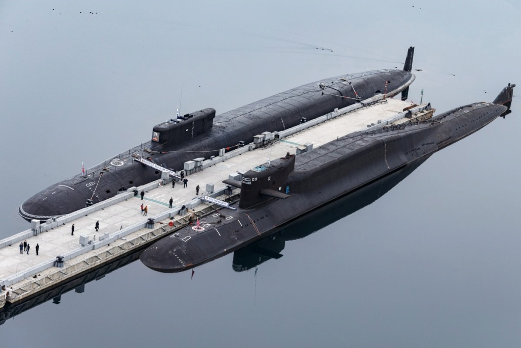 Project 955: Borei class SSBN - Page 38 013511