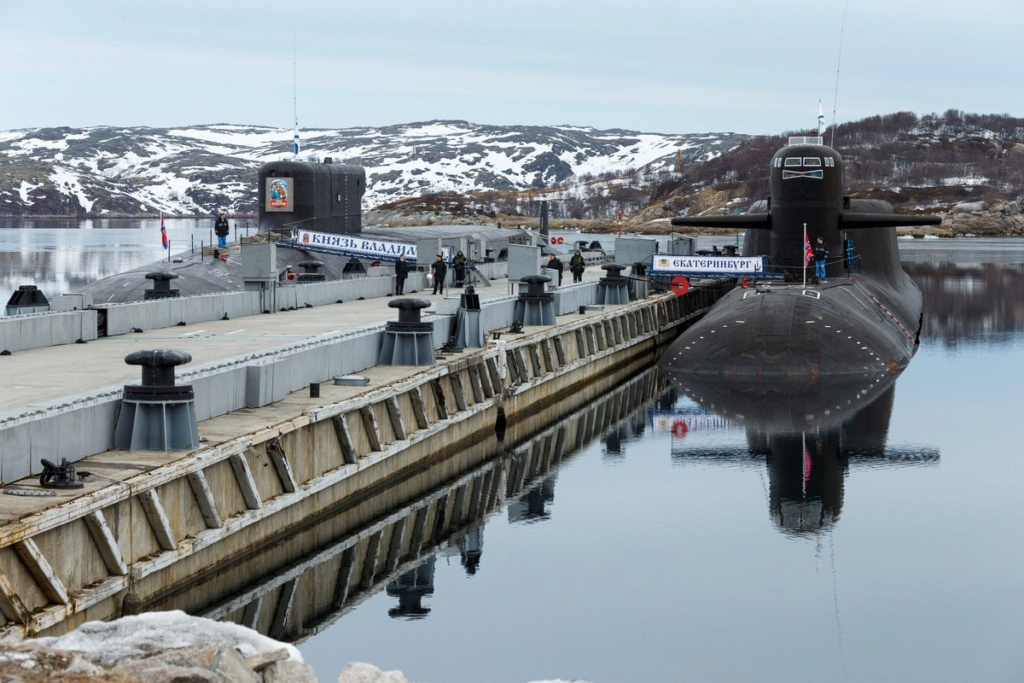 Project 955: Borei class SSBN - Page 38 013610