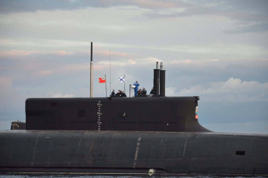 Project 955: Borei class SSBN - Page 32 11-75812