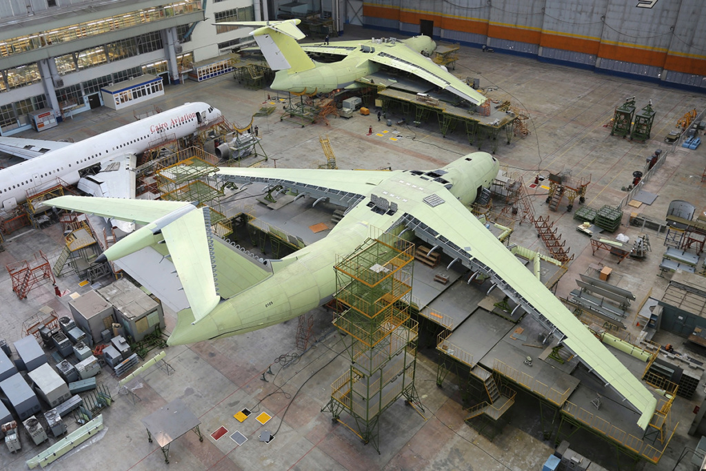 Il-76/476 Military Transports - Page 7 Avrx6r10