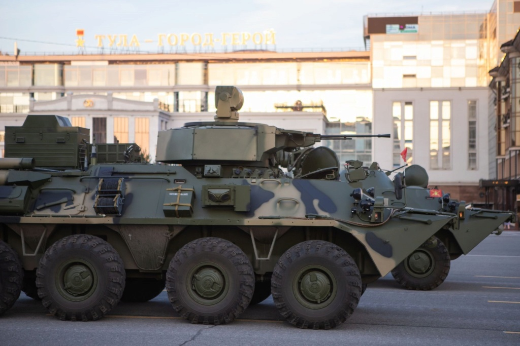 BTR-80/82A and variants: News - Page 11 Dhjd3m10