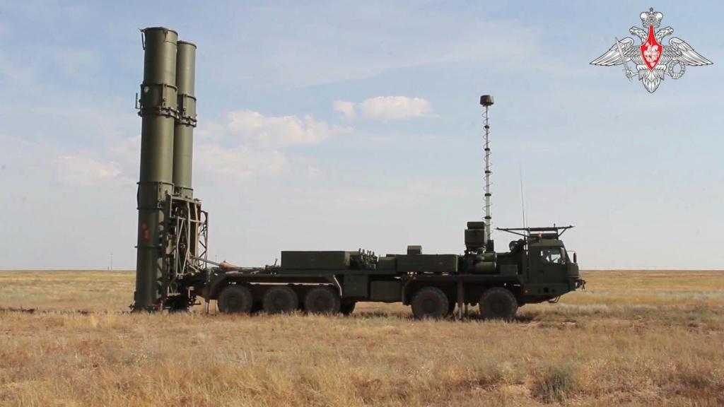 S-500 'Prometheus' missile system E6unmr10