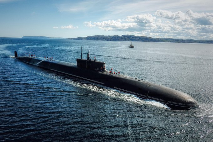Project 955: Borei class SSBN - Page 36 Egfmjf10
