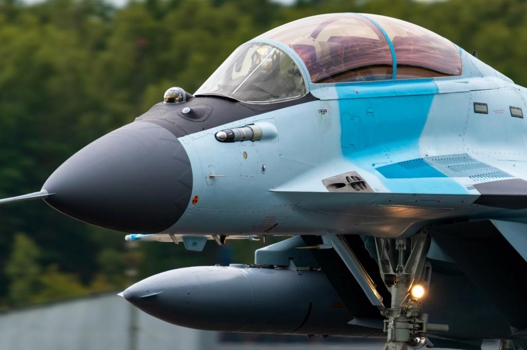 MiG-29/ΜiG-35 Fulcrum: News #2 - Page 11 Ehjrni10