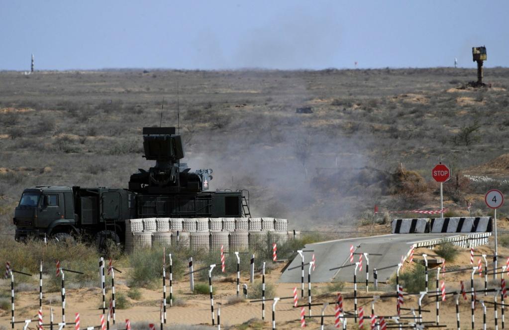 Pantsir missile/gun AD system Thread: #2 - Page 11 Eijgix10