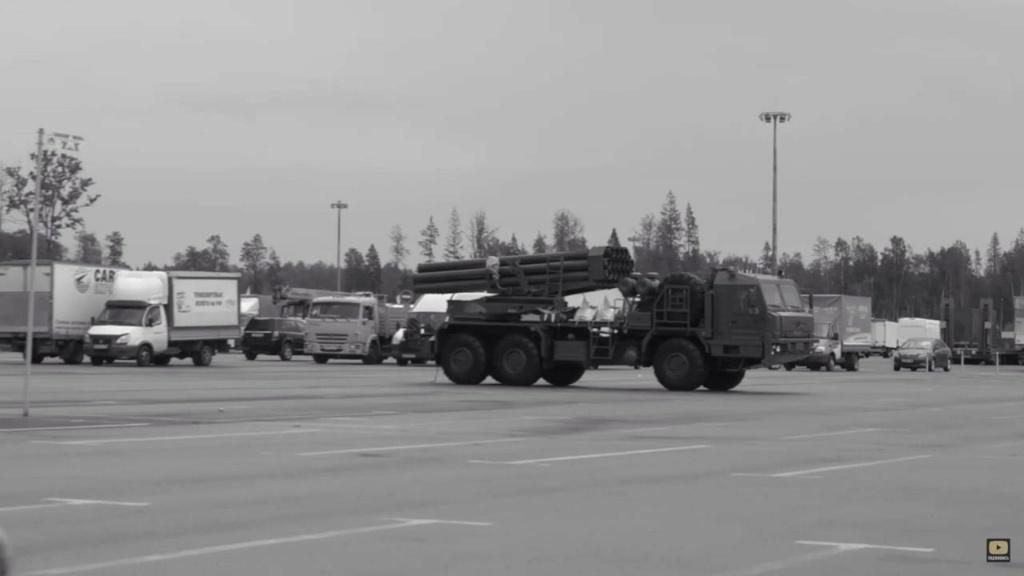 Russian MRLS: Grad, Uragan, Smerch, Tornado-G/S - Page 13 Eomjyg10