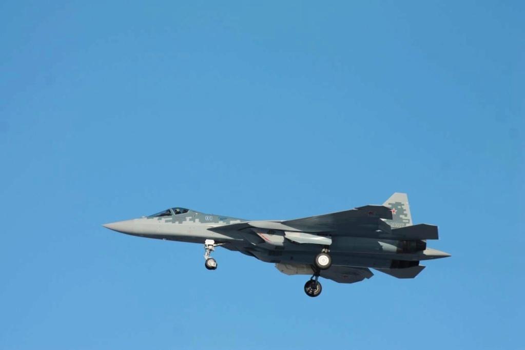 Su-57 Stealth Fighter: News #6 - Page 37 Eqfmrw10