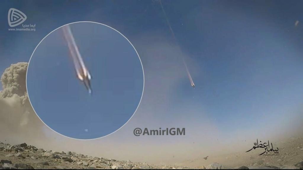 Iran's Ballistic Missile Program - Page 4 Eryr_m10