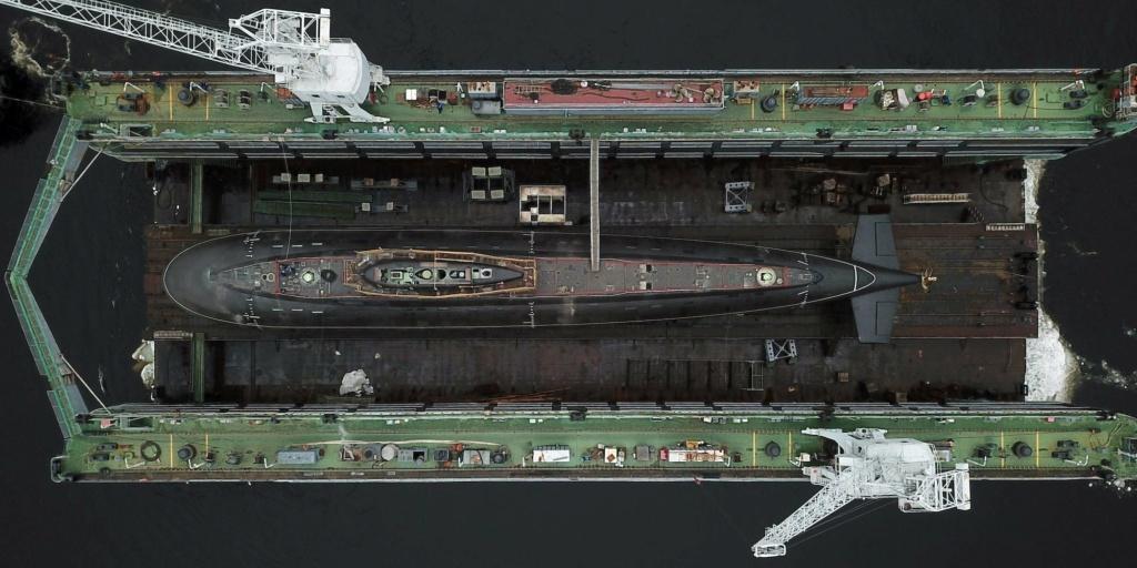 Project 877/636: Kilo class SSK - Page 23 Ex-fwj10
