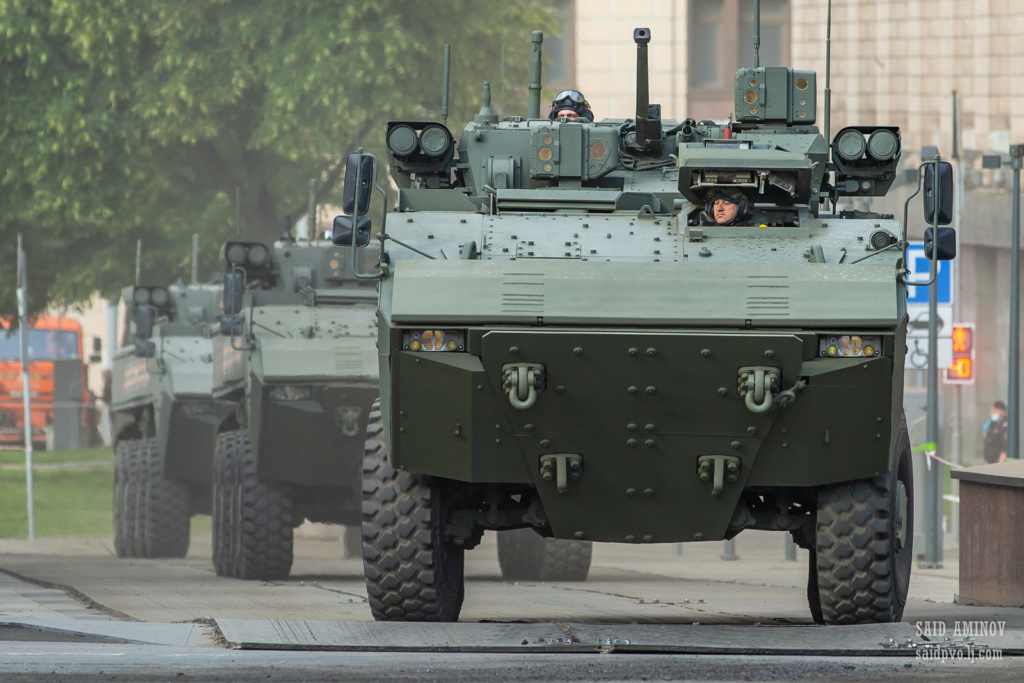 Victory Day Military Parades in Moscow (2010-Present) - Page 2 H18a1210