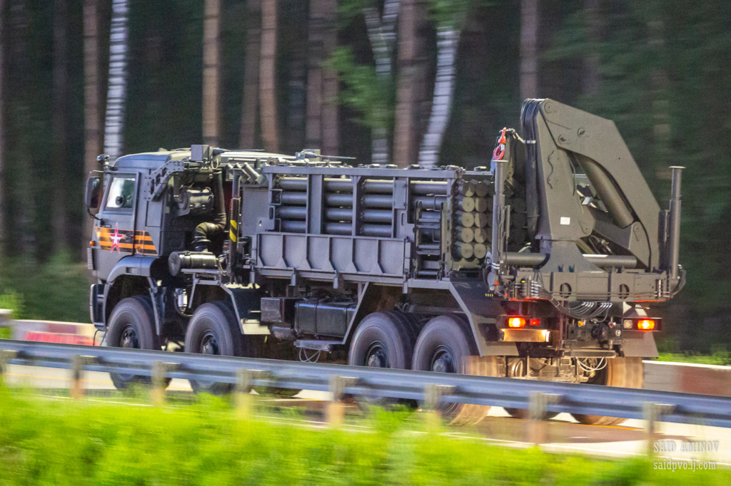 Russian MRLS: Grad, Uragan, Smerch, Tornado-G/S - Page 12 H18a3612