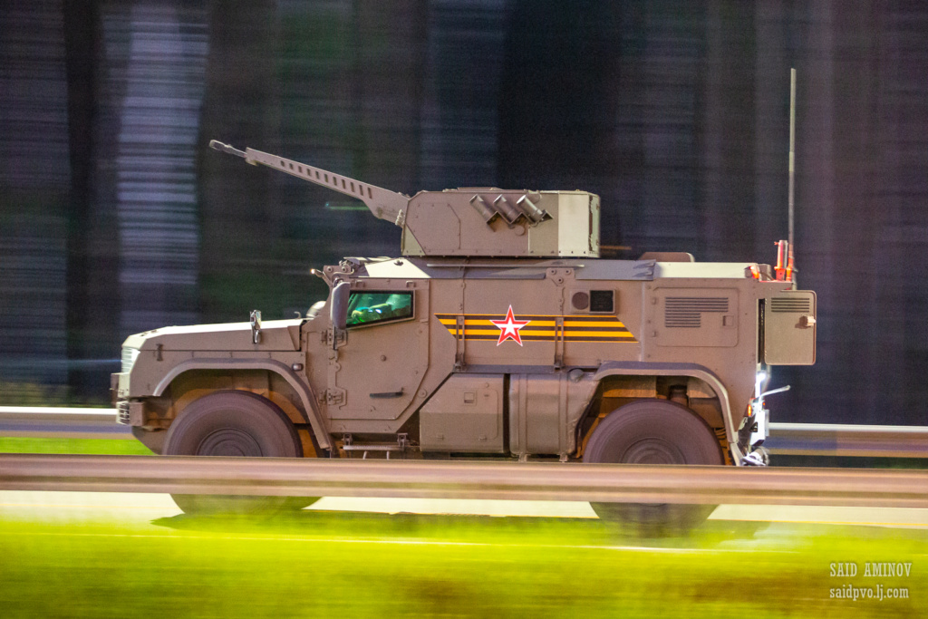 Typhoon MRAP family vechiles - Page 10 H18a4310