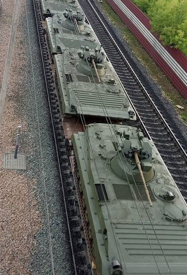 BMP-1 & BMP-2 in Russian Army - Page 9 Ogeat710