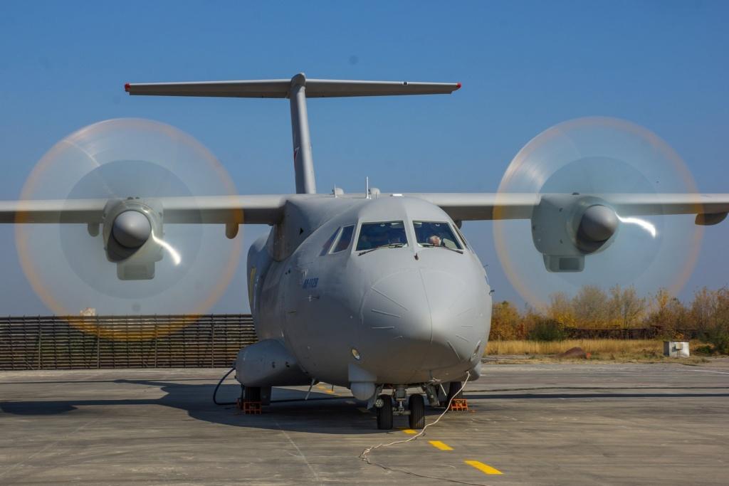 Il-112V light military transport  - Page 13 U-oua-10