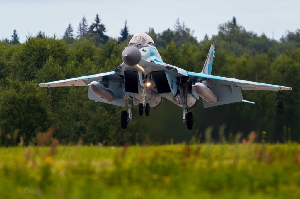 MiG-29/ΜiG-35 Fulcrum: News #2 - Page 11 Wzfenk10