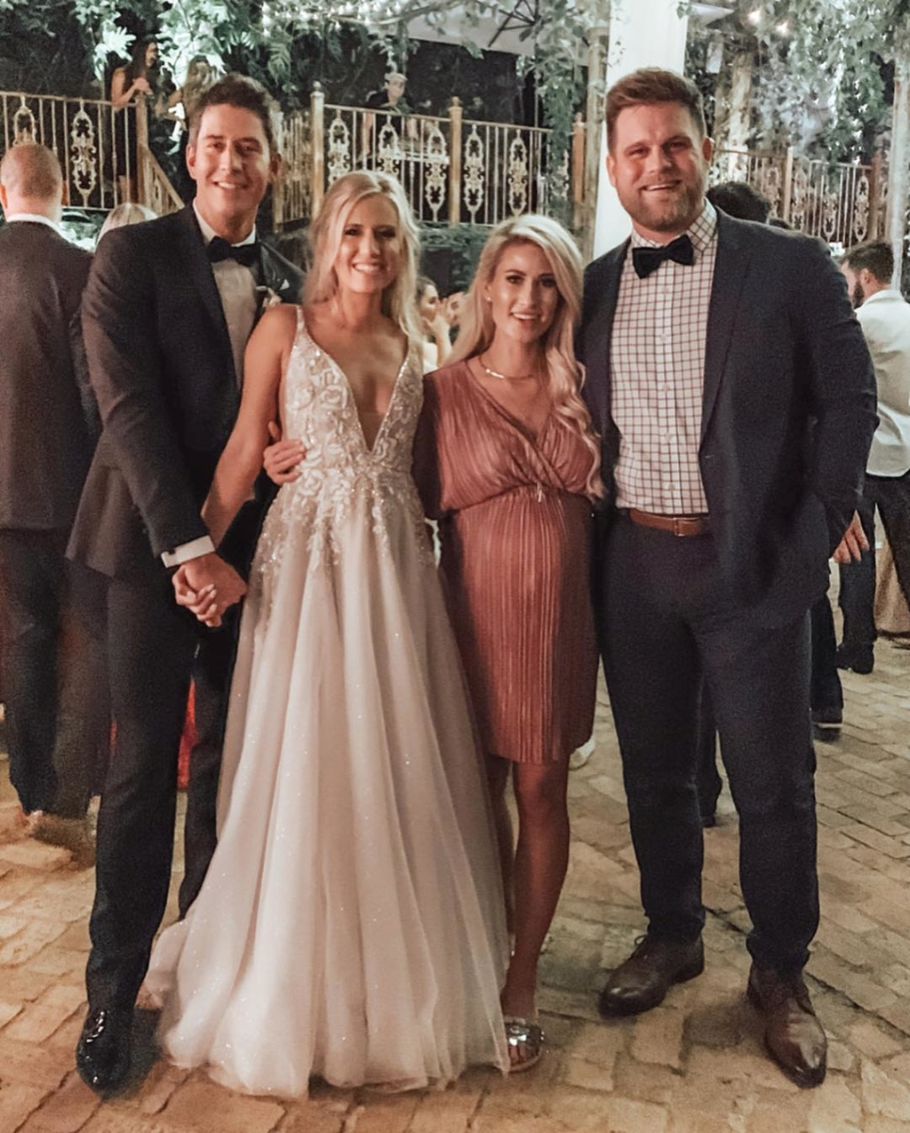 bachelorfamily -  Arie Jr & Lauren Luyendyk - FAN Forum - Wedding - Discussion - Page 22 Th310