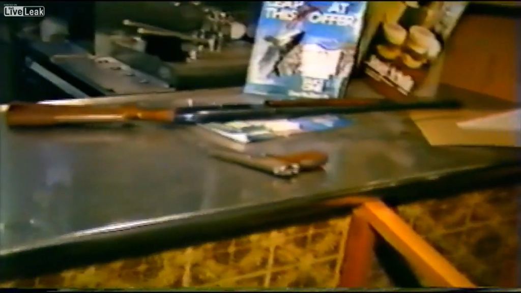 Photo's of mass murderer's weapons - Page 2 Image_13