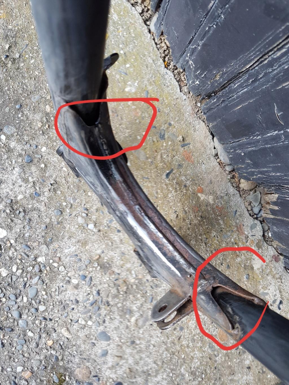 Soudure et rondelle plastique sur bras oscillant GN 125 Bras_s10