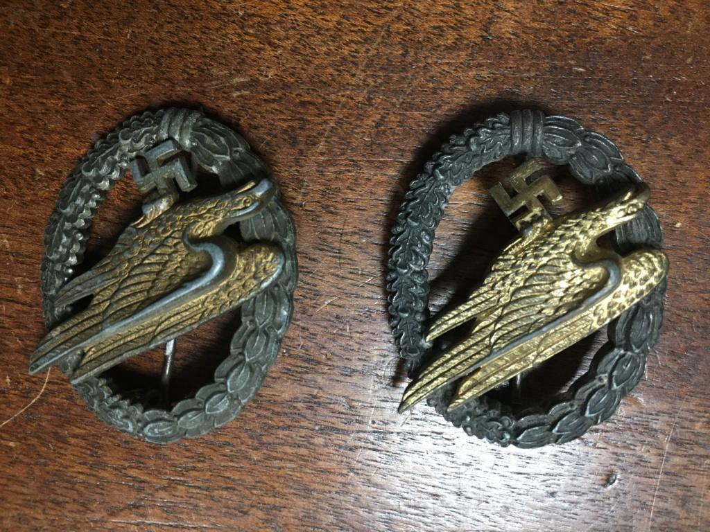 décoration et badge allemand ww2 Img_7014