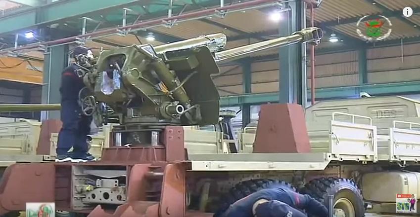 العراق يعيد للخدمه مدفعيه D-30 عيار 122 ملم محموله على الشاحنات  210
