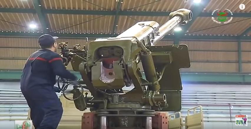 العراق يعيد للخدمه مدفعيه D-30 عيار 122 ملم محموله على الشاحنات  510