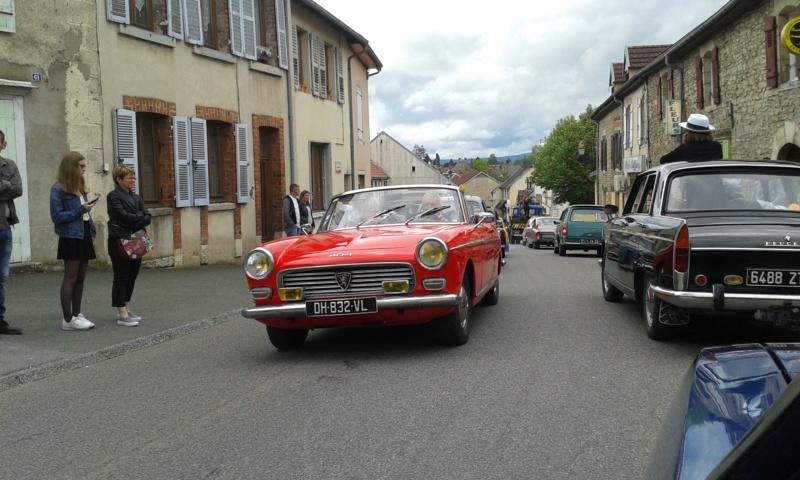 Embouteillage dans les rues de Rioz en Haute Saone 20190529