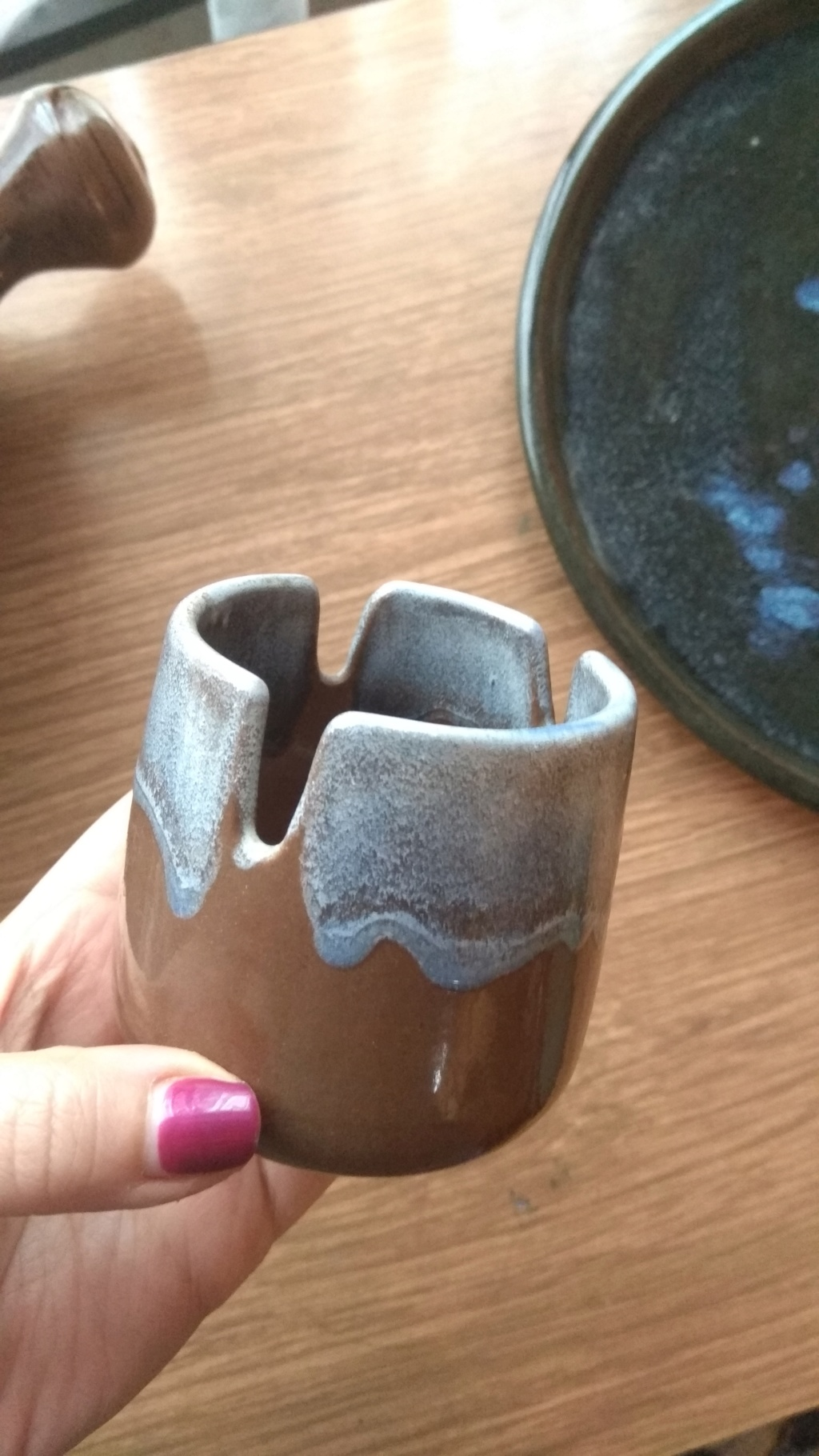 Help for a pottery newbie! Two bowls and a plate.  Img_2014