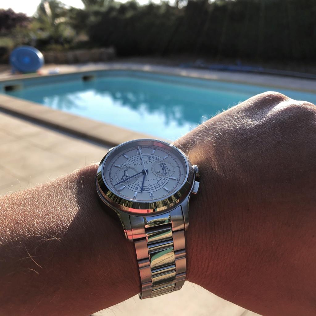 Akrone : des montres, tout simplement - Page 14 B154f110