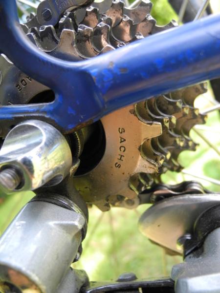 L' histoire d'un sauvetage : vélo route Gios Torino 1975 Dscn7614