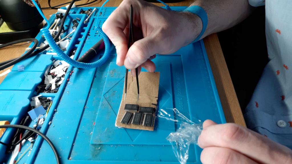 [WIP 100%] Réparation d'un slot MV-1FS en erreur Z80 - Création d'une cartouche de test audio 062_le10