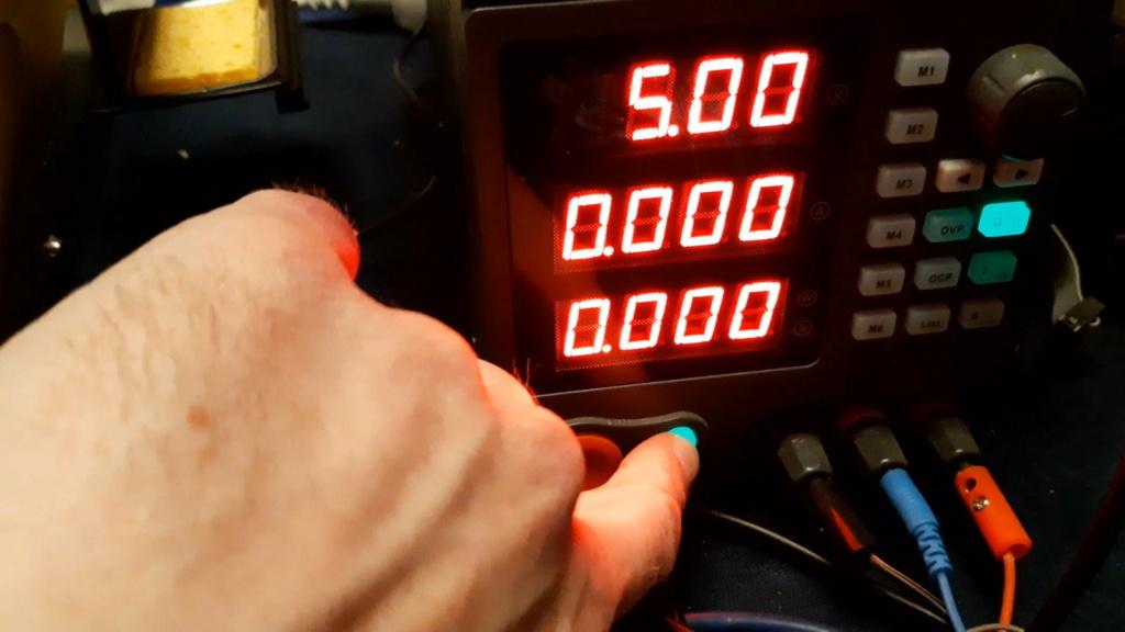 [WIP 100%] Une GBS8100 bricolée pour jouer à Daytona 06_swi10